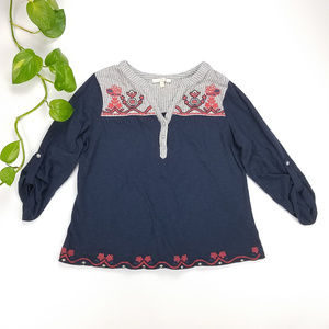 Skies are Blue Embroidered Peasant Top Sz M